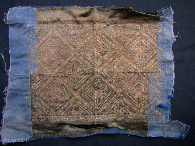 Vintage/antique, in situ, sleeve panel from the Miao ethnic minority in Guizhou. This dates from about 40 to 80 years old; please bear in mind, the ability to do this kind of  ...