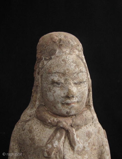 Good Tang Dynasty terra cotta soldier-no repair with life like face, made from reddish clay and covered in white pigment. H: 20cm/7.9in.   https://www.trocadero.com/stores/abhayaasianart/items/1378642/Tang-Dynasty-Soldier