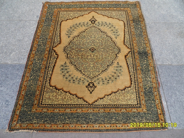 Antique Tabriz Haji Jalili Carpet size: 108x88