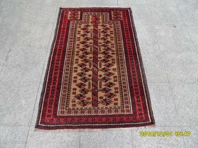 Antique Türkmen Belüç Prayer Carpet size: 155x96