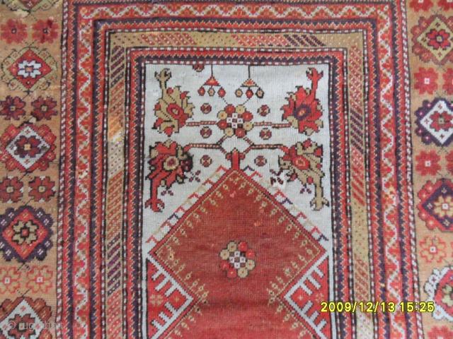 Antıque Anatolian Ada Milas Prayer carpet size: 160x115 cm.