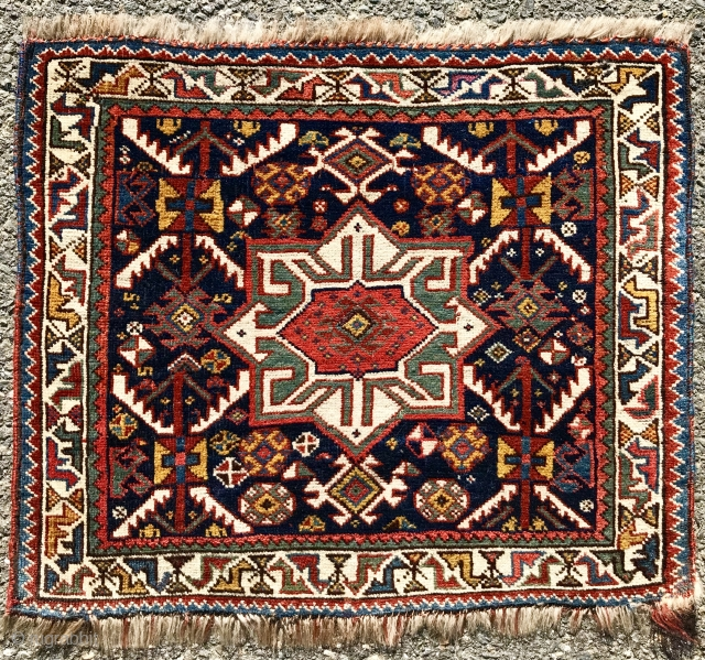 """Unusual 1880s Khamseh pile bag face with some Silk pile.  The size is: 20"""" x 26""""  ( 51 x 62cm )"""