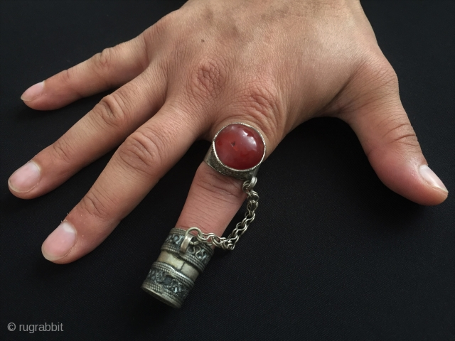 Central-Asia Turkmen vintage old traditional silver sewing needle with ring and old cornalian-agate stone original ethnic tribal jewelery-jewellery very fine condition ! Circa - 1900 or earlier - Weight : 23 gr  ...