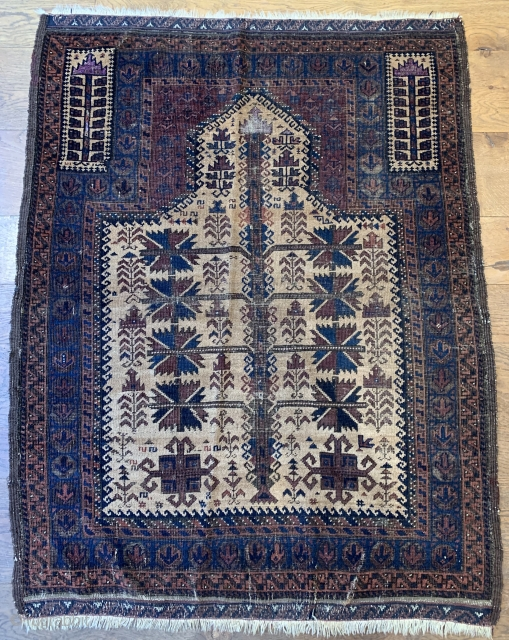 Good old Baluch with silk ca 1880 size 103 x 133