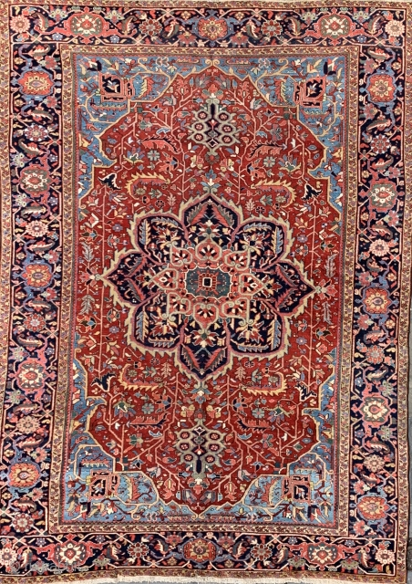 Lovely antique heriz carpet ca 1900 size 380 x 270 cm great condition and colour as for more details