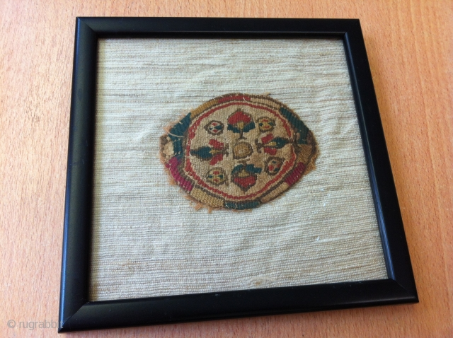 Nice Coptic roundel, complete piece selvedges all around with great original colours ca 6-7C ad size 9x7 cm .Framed