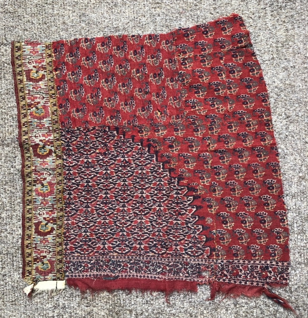 Antiqu 19 cKashmir moon shawl fragment
