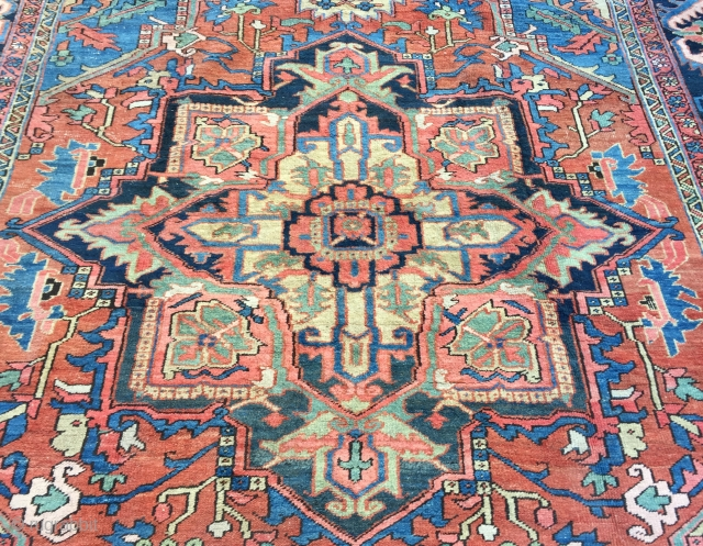 Lovely antique Heriz carpet ca 1900 soft all natural colours and great condition just 2 very slight areas of wear (see last 2 pics ) Size 374 x 275 (12 ft 3 x  ...