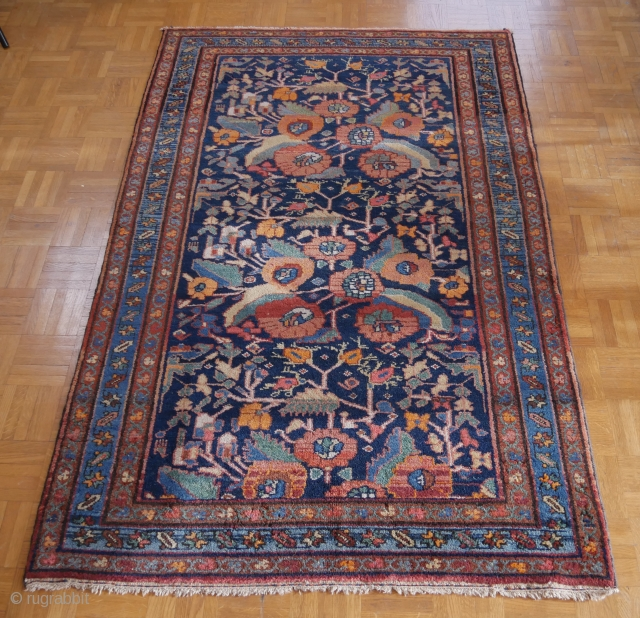 """Unsual persian Malayer or Kurdish Hamadan rug with flowers /// Size : 5'1"""" x 3'4"""" or 156 x 102 cm /// Good condition  /// shipment from Paris"""