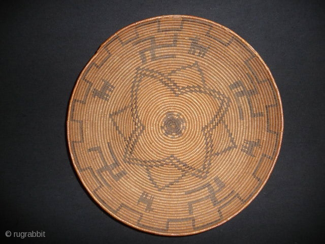 Apache basket: late 19th cent. A beautifully woven basket bowl found recently in the English provinces in excellent condition, 10ins. diam.