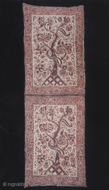 Indian trade textiles 006 - Gujarat India, traded to Sulawesi - Indonesia, ceremonial cloth and sacred heirloom, 18th century, cotton natural dyes, mordants - mordants painting-batik, supplementary weft, weave, stitching, good condition,  ...