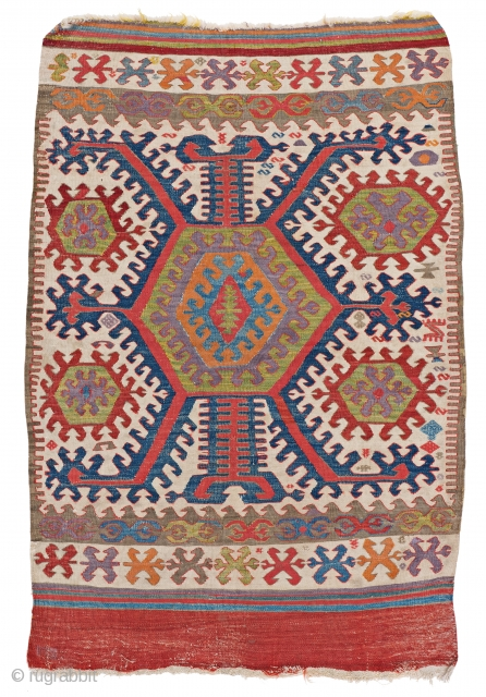 Hotamis Kilim, 140 x 95 cm (4 ft. 7 in. x 3 ft. 1 in.), Turkey, late 19th century, Starting bid € 200, Auction March 9th at 4pm, https://www.liveauctioneers.com/item/69398228_hotamis-kilim