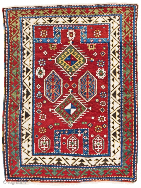 Lot 20, Bordjalou Kazak prayer rug, 147 x 112 cm (4ft. 10in. x 3ft. 8in.), starting bid: € 2400, Auction on April 7, 5pm, https://www.liveauctioneers.com/item/60930656_bordjalou-kazak-prayer-rug