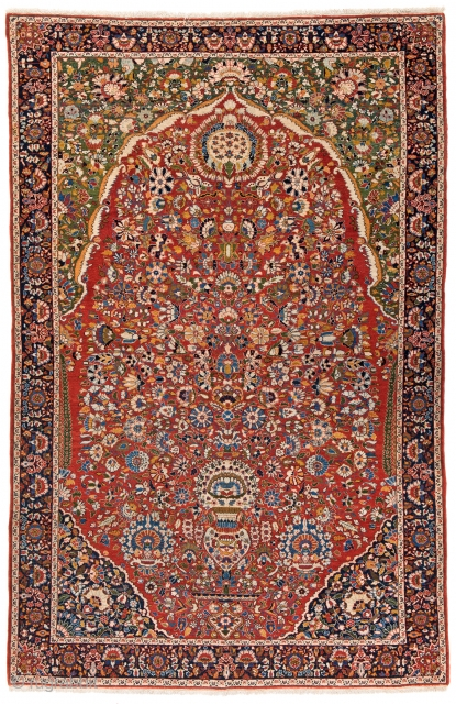 Lot 161, FERAHAN 240 x 158 cm (7ft. 10in. x 5ft. 2in.) Persia, ca. 1900 Condition: excellent, Auction April 22nd, 4pm, https://new.liveauctioneers.com/item/52104317_ferahan-240-x-158-cm-7ft-10in-x-5ft-2in-persia