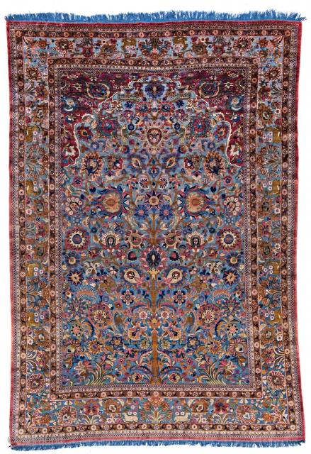 Lot 30, Kashan Souf Silk, 310x216cm, Persia 19th century, starting bid Euro 12.000, Auction June 18, 5pm, https://www.liveauctioneers.com/item/62389141_kashan-souf-silk
