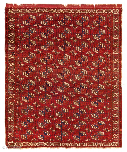 Fine Antique Oriental Rugs VI, The Azadi collection, Lot 11,Tekke main carpet