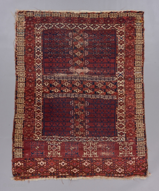 An early Ensi. Kizil Ayak or something of the sort. Cotton highlights. Asymmetrically knotted open right. 5' x 4'.  Please visit our website for more carpets, rugs, tapestries, textiles and art objects : https://www.bbolour.com