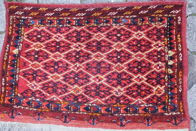 Beschir Mafrasch Turkmenistan around 1920 Wool on Wool in a good condition, SIZE: 80x54 cm