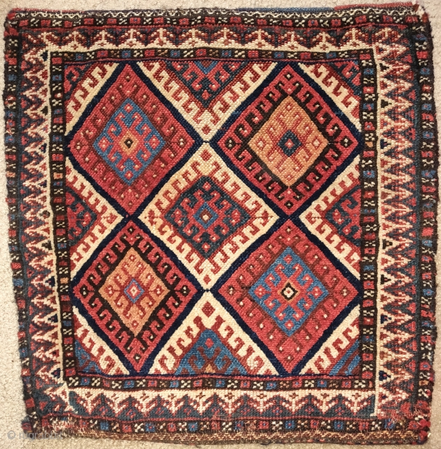 Southwest Persian bag with a Jaf-Kurd-like latch-hook diamond design. kilim back preserved.