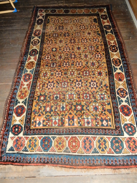 EXCELLENT ORIGINAL CONDITION - 4 FT X 7 FT - VERY GOOD PILE- ALL GOOD NATURAL DYES 