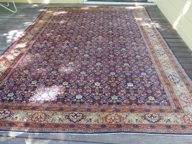 CLASSIC DESIGN AND EXCELLENT PLUS CONDITION - NO CONDITION ISSUES -8 1/2 X 11  1/2 FT SIZE - ANTIQUE SAROUK