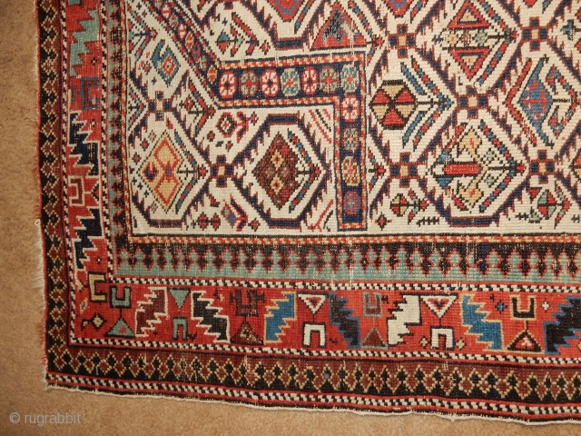 40 x 50 INCH SHIRVAN RUG IN EXCELLENT CONDITION