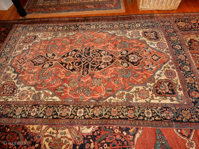 LOVELY OLD SAROUK IN TOP CONDITION - BEST WEAVE AND QUALITY - 53 X 78 INCHES 