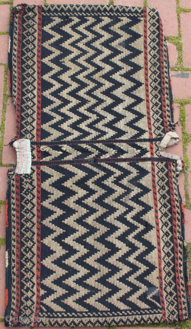 Very nice zigzag design, Qashqai shish tamrah technique saddlebag.