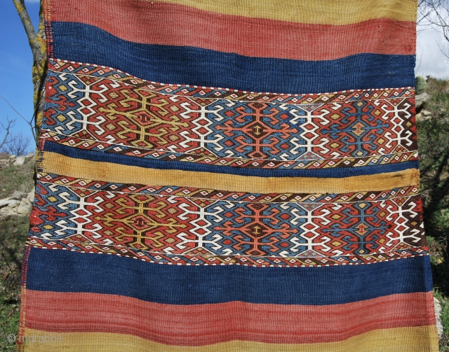 Malatya open cuval. Eastern Anatolia. Cm 100x162. Great natural saturated colors. Good age, good condition.
