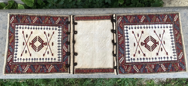 White Sumack Baku khorjin. Cm 33x96. Early 20th c. Rare and beautiful. Wool, cotton, silk. In good condition.
