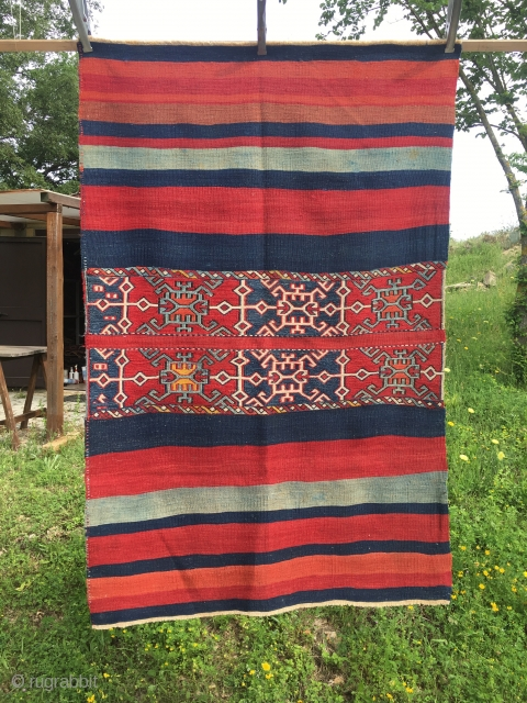 East Anatolian open cuval. Cm 105x160 ca. Late 19th, early 20th c. Great natural dyes. Archaic, interesting pattern. Good condition.