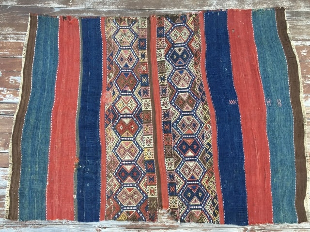 Anatolian cuval or storage bag. Cm 100x135 ca. Old enough to please you. tears, holes, moth wars, but a real beauty. Enjoy.