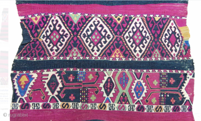 Ever seen an Anatolian cuval/storage bag like this one? Extremely unusual and creative. What about colorful? I was surprised when I first saw it! It's a real surprise! Thank you dear Nomads!  ...