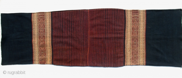 Woman's tube sarong,tais maruka Atoni Meto people, Babotin, Malaka Regency, West Timor. Condition: excellent