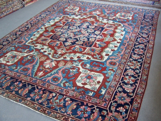 Decorative Heris rug 3,00*4,00m