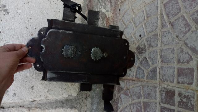 17-18 thc Ottoman times Greek door lock  still working size=35x20 cm