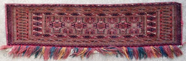 Old and fine Turkmen torba, around 1930.  Origin : Turkmenistan Period : around 1930 Size : 200 x 120 cm Material : wool on wool Good general condition with an accident in a selvedge Handwoven  This rug has been  ...