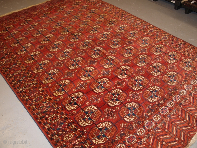 Antique Tekke Turkmen main carpet with 5 rows of 11 guls. http://www.knightsantiques.co.uk/599136/antique-tekke-turkmen-main-carpet-excellent-long-elem-ends-circa-1880/ Size: 10ft 0in x 6ft 4in (304 x 193cm).