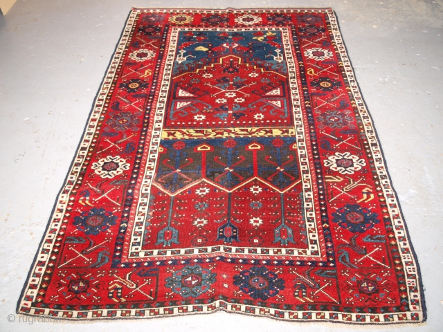 Antique Konya region prayer rug, size 215 x 138cm.