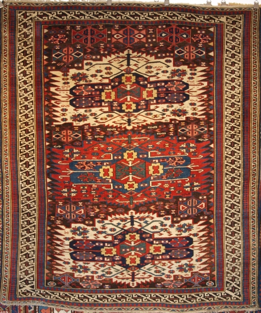 Antique Caucasian Zejwa rug, 178 x 150cm.
