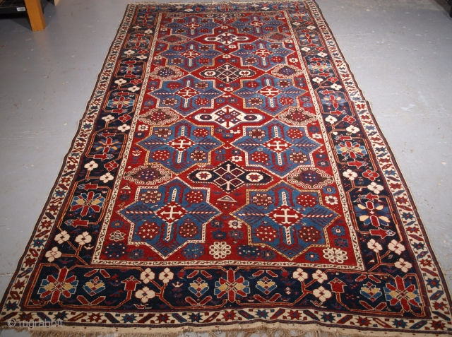 Size: 9ft 2in x 5ft 2in (280 x 157cm). www.knightsantiques.co.uk 