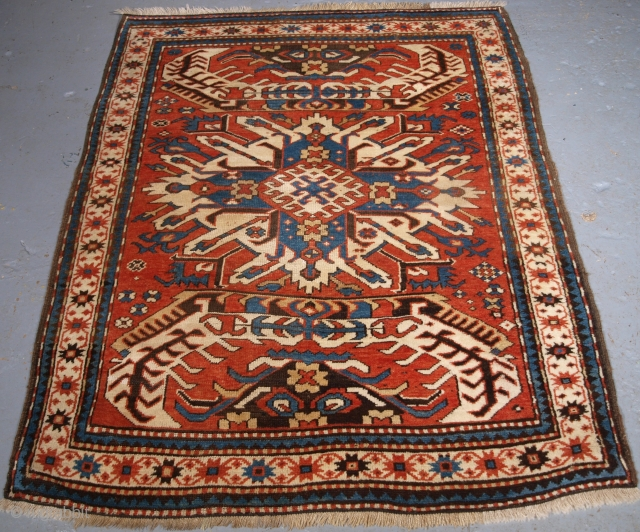 Size: 5ft 2in x 3ft 11in (158 x 120cm) www.knightsantiques.co.uk 