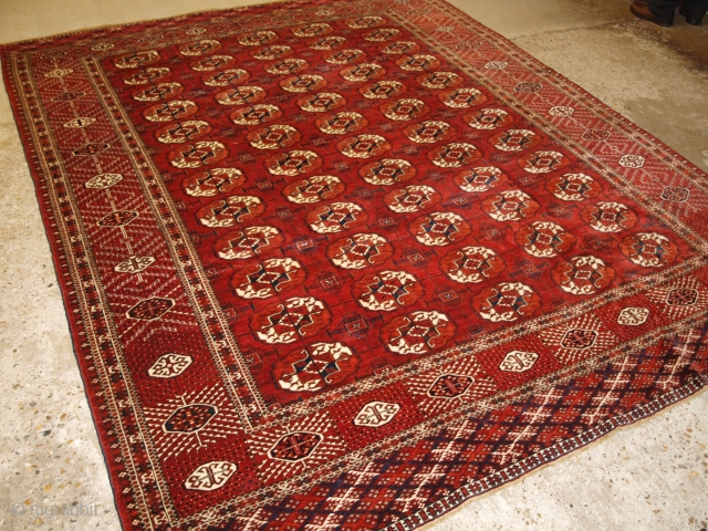 Antique Tekke Turkmen main carpet with 5 rows of 12 guls. www.knightsantiques.co.uk Size: 9ft 9in x 7ft 8in (298 x 234cm). 