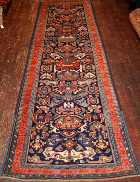 Antique Caucasian Seichur or Alpan-Kuba runner. www.knightsantiques.co.uk Size: 10ft 0in x 3ft 2in (300 x 97cm). 