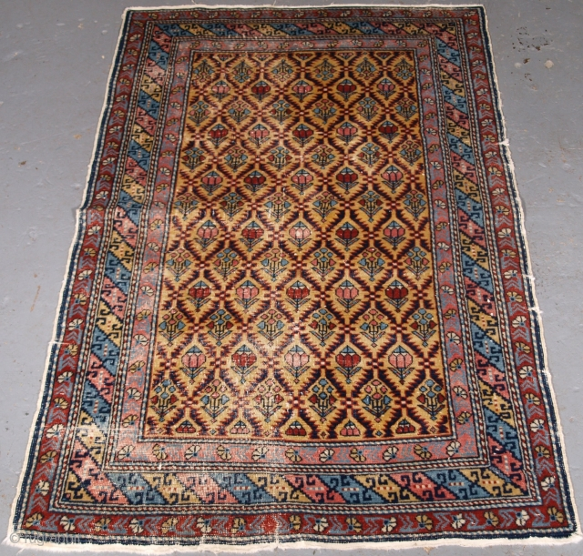 ***Spring sale*** only £500.00 click on the link www.knightsantiques.co.uk to view more items.   Size: 4ft 6in x 3ft 0in (138 x 91cm).  Antique Armenian Erivan rug with floral lattice design on a scarce  ...