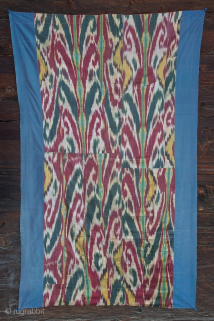 Silk Ikat hanging 93 X 160 cm . XIX century. Good condition