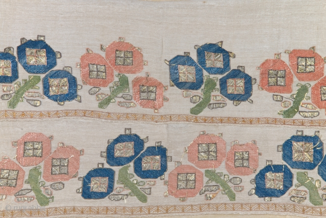 Otoman embroidery, silk on silk, XVIII century, good condition with fresh colors, 48 X 74 cm