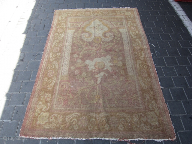 Turkish Ushak ? size:210x136-cm    ask