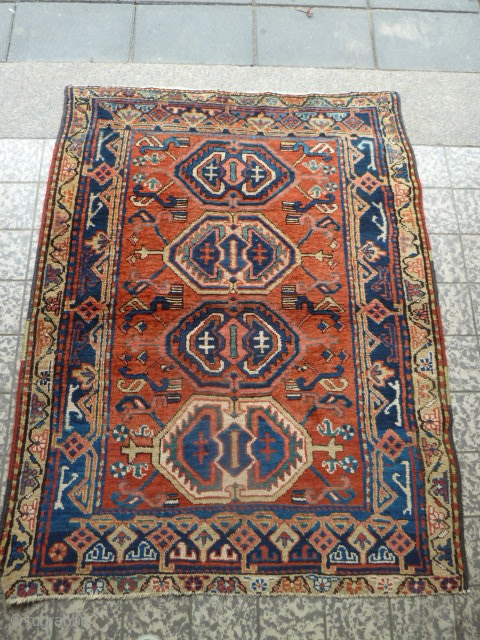Nice Small Antique Heriz Rug. 142 x 112 Cm / 4.6 x 3.6 Ft