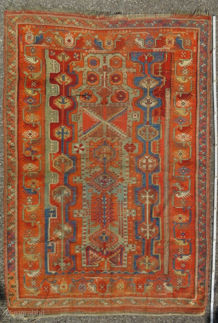Antique Melas Milas anatolian carpet  189 x 130 cm  Fair condition for its age. (Circa 1880)  Natural dyes  More pics available on reques  To EU, shipping from France: no custom taxes.